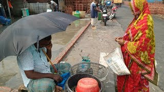 Village Woman Selling Mud Crab To Buyer In Market