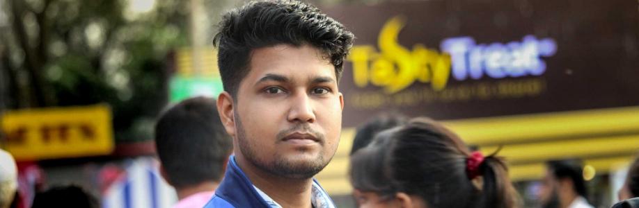 Ashique E Aakil Cover Image