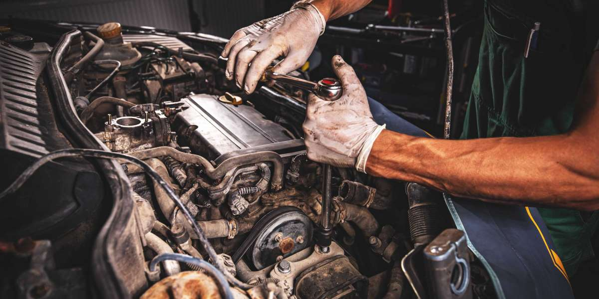 4 Reasons Why You Should opt for Auto Repair Services