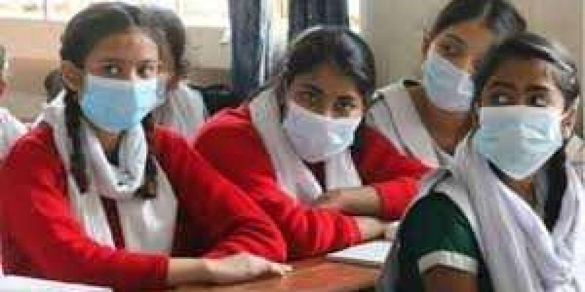 ফেব্রুয়ারিতে খুলছে স্কুল-কলেজ, স্বাস্থ্যবিধি মেনে আংশিক ক্লাস